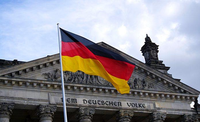 Matti Karstedt: Im Bundestag fehlt ein Anwalt der jungen Generationen
