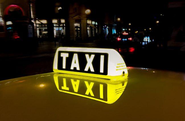 Matti Karstedt: FDP-Jugend will den Taximarkt öffnen
